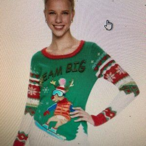 Juniors  Its Our Time Christmas Sweater small